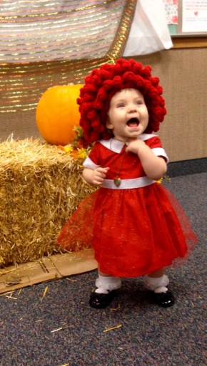 DIY Orphan Annie Toddler Halloween Costume